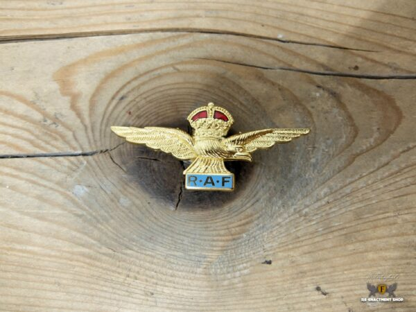 RAF side cap badge